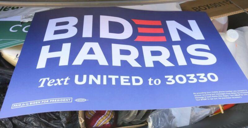 JOE BIDEN KAMALA HARRIS 2020 PRESIDENT Poster Campaign Rally Sign HISTORY RARE