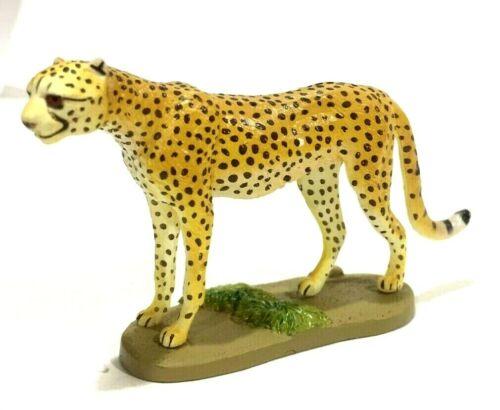 Japan Kaiyodo Cheetah Tiger Wild Cat Realistic Mini Animal Figure Creature