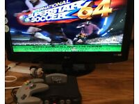 Nintendo 64 N64 Console 1 Game ISS 64 International Super Star Soccer, controller and AV cable