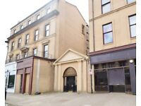 UNFURNISHED 2 BEDROOM FLAT IN EXCELLENT AREA