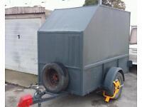 8x4 box trailer £350.
