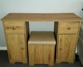 Dressing table with storage stool