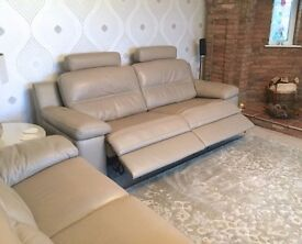 BARGAIN NEW Sofology Lazio 2 Genuine Leather Sofas Dble Power Recliner & Extras RRP £3000 NOW £1700