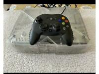 Original Xbox crystal with controller