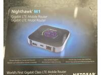 Net gear m1 nighthawk Mobil wifi