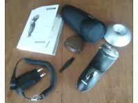 Philips HQ8200 series Electric Shaver