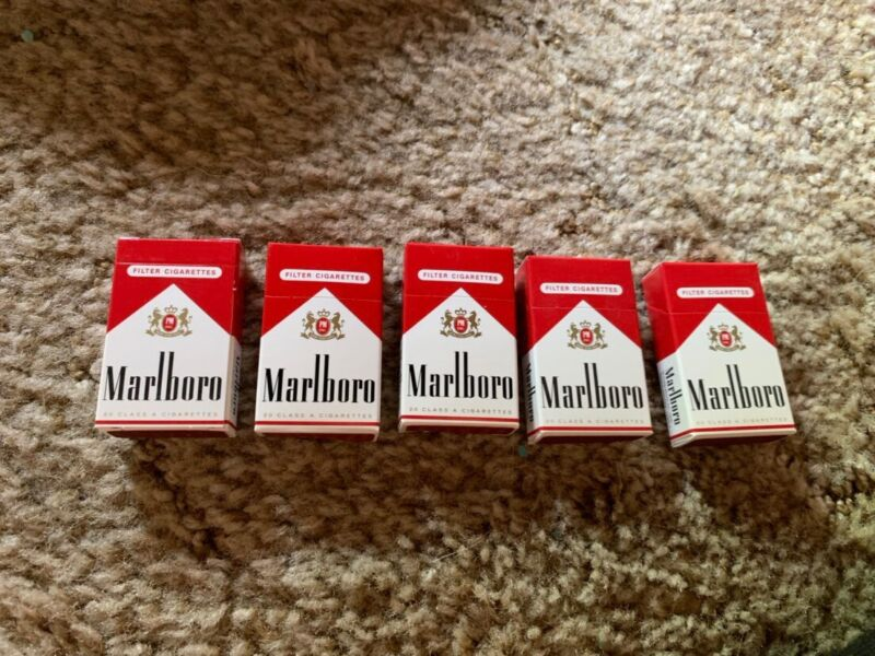 5 MARLBORO SHAPED WOODEN MATCHBoxes FLIP TOP Made in Germany, These Are Matches!
