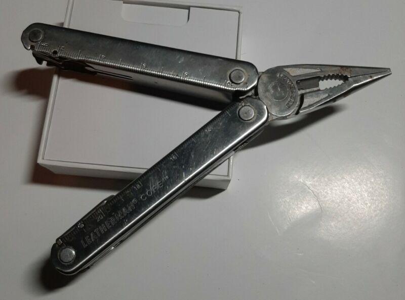 Vintage Leatherman Core Multi Tool 830145