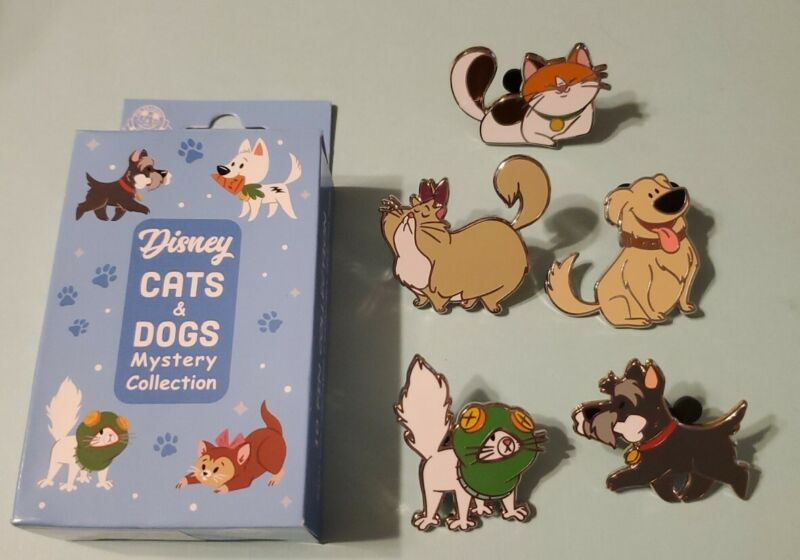 Disney Parks 2020 Cats & Dogs Mystery Box Set of 5 Pins Dug Felicia Mochi++