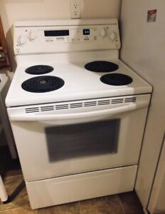 Electric Stove (KitchenAid Superba) - Free Delivery!