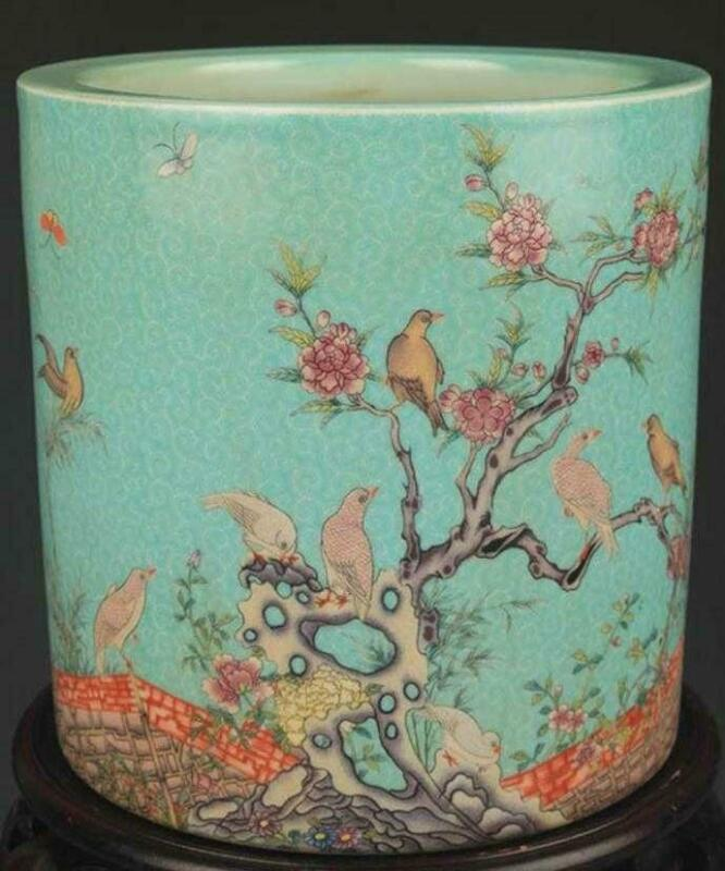 Superb Antique Chinese Famille Rose Enameled Porcelain Brush Pot.