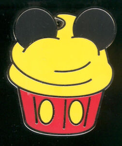 Character Cupcake Mini-Pin Set Mickey Mouse Disney Pin 82948