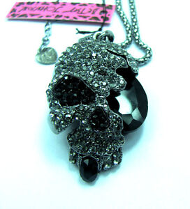 FREE!!! Betsey Johnson Black crystal/gem Skull pendant Necklace#014L