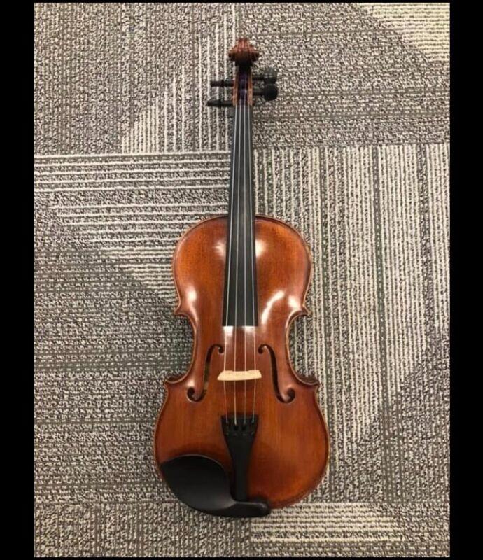 Viola handcrafted by Johannes Kōhr, Revelle bow, Kun shoulder rest, Protec case