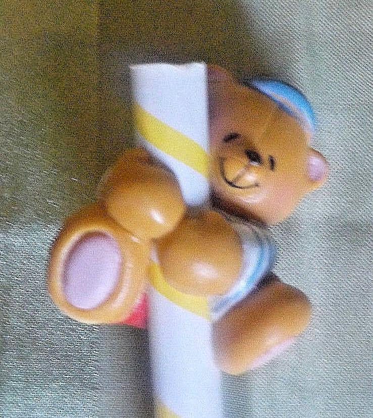 Bleistift mit Teddy Pencil Top  Miniatur Figur Action Figur Deko Aufsatz Topper