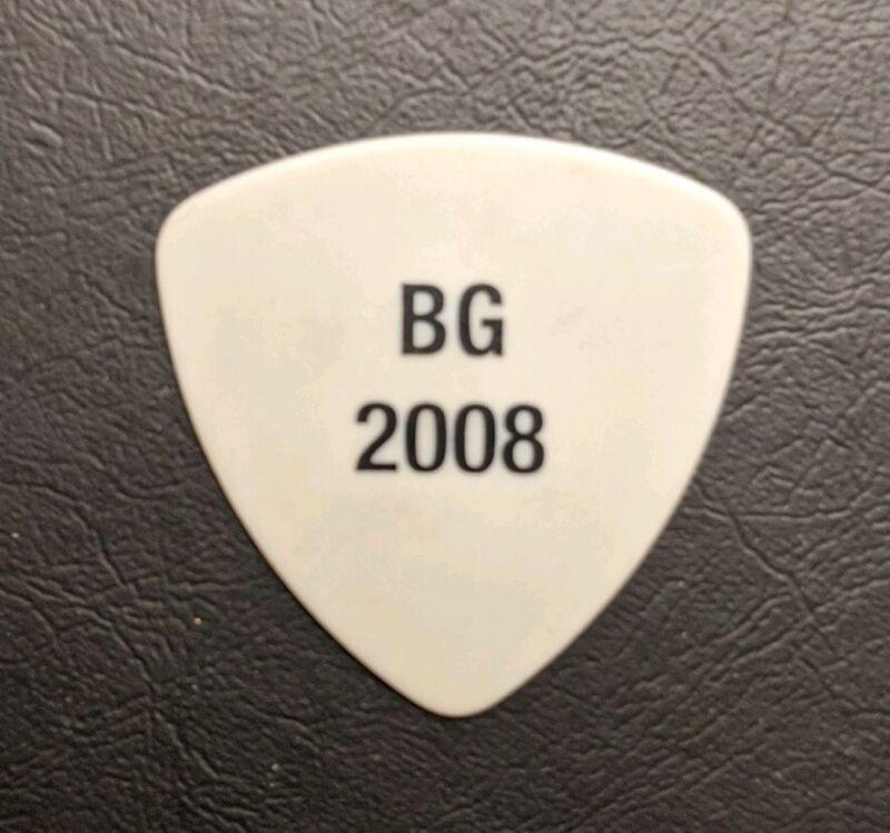 BUDDY GUY SIG. GUITAR PICK WHITE W/ BLACK PRINT B.G. 2008 TOUR