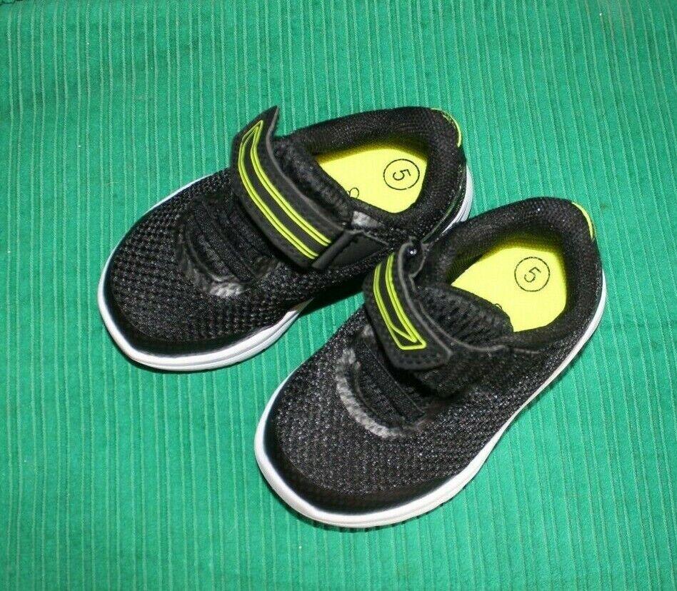 CAT & JACK Black Yellow Velcro Fasten Shoes Toddler Size 5