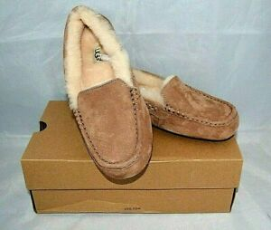 89606a0d647 UGG Shoes Nibugg Dakota Moccasins Sz 8Beautiful Gift Color