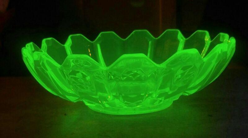 Antique Vintage Vaseline (Uranium) Cut Glass Large Scalloped Bowl 9 Inches