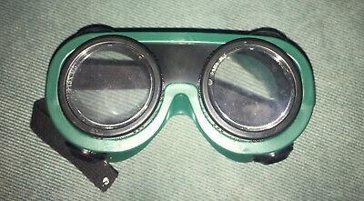 D. W. Eyes Drunk Goggles Alcohol Education Glasses