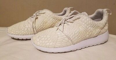 sports shoes 499b4 a6a88 Nike Roshe One DMB QS White 824286-100 Women Size 10.5