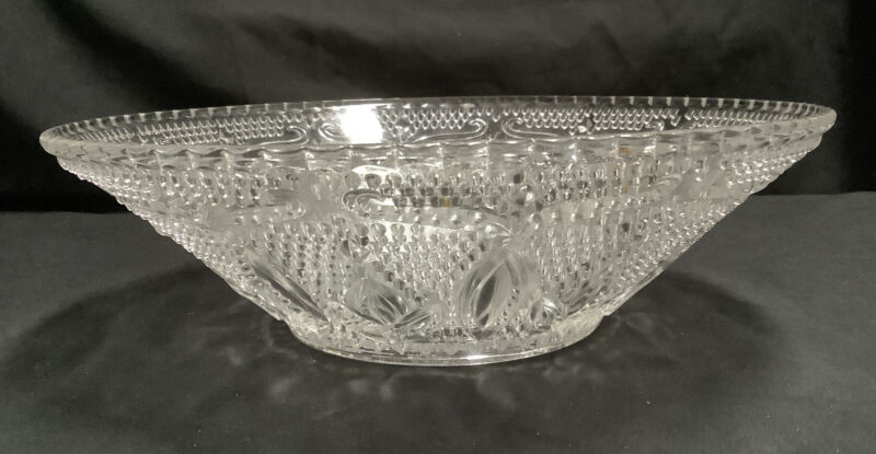 Vintage Round Pressed Glass Serving Bowl - Hobnail with Scalloped Edge - Daisy