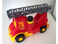 Fire Engine Truck with water pump. NEW