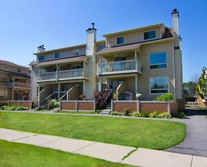 2 BDRM condo for rent in Orleans! Pool, parking & more included!
