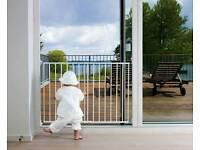 Baby dan Stair Gate