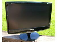 Samsung 19 inch monitor (like new )