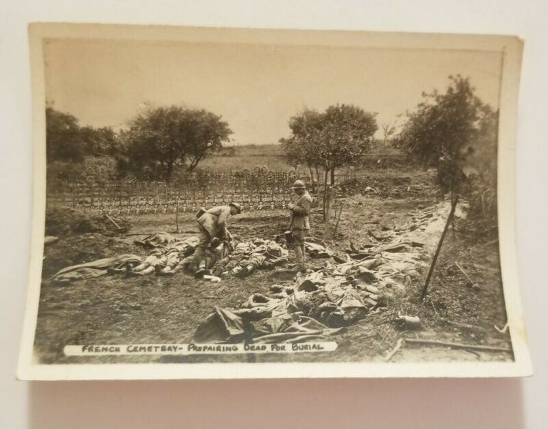 Original WW1 Photo - French Cemetery Preparing Dead For Burial Bodies *EXPLICIT*