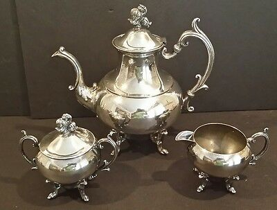 Vintage Middletown Silver C Silverplate Service 3 Piece  Coffee Tea Set