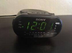 Sony Dream Machine AM FM Dual Alarm Clock Radio Model ICF-C318 Black Tested