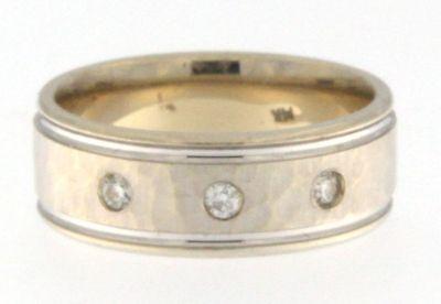 STUNNING 14 KT WHITE GOLD & DIAMOND HAMMERED WEDDING BAND SIZE (Diamond Hammered Wedding Band)