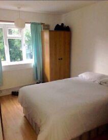 Big, Bright, Sunny Room to rent