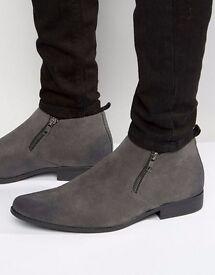 BRAND NEW ASOS Men's Chelsea Boots With Zip - Grey Size 10/11