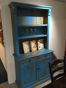 Gorgeous shabby hutch Helensvale Gold Coast North Preview