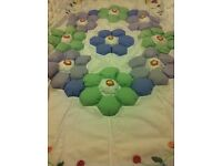 2 X Bubble Flower Bed Throw £10 each