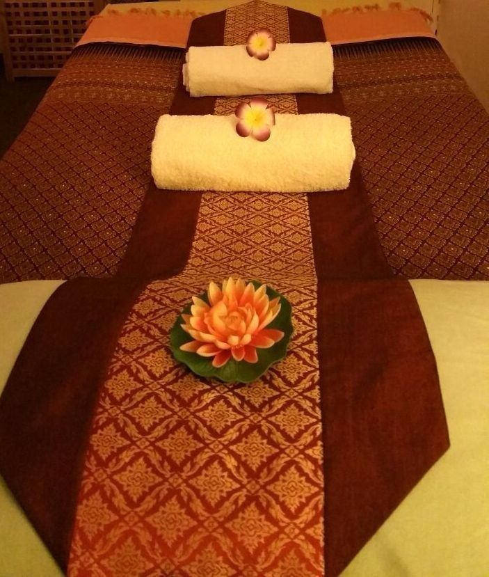 Surin Thai Massage ### Special price 1 hr / £ 30