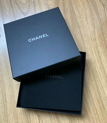 Chanel Big Necklace Box W Snapy Lock Velvet Storage Dust Bag Pouch