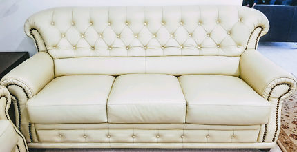 Beige 3-seat Chesterfield