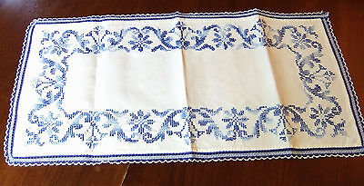 Small Carpet Linen Embroidered 75 cm x 35 CM