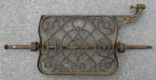 HOUSEHOLD TREADLE SEWING MACHINE ANTIQUE CAST IRON FOOT PEDAL STEAM PUNK