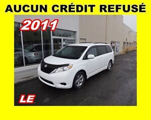 2011 Toyota Sienna **LE**Aucun Credit Refuse**