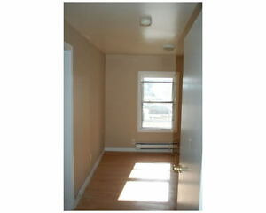 2 Bedroom Unit - 5 minutes from Downtown London Ontario image 3