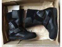 """Ladies TRIUMPH """"Explorer"""" Motorcycle /Biker Boots Size 39 (UK 5.5)"""