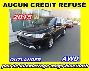2015 Mitsubishi Outlander **Bluetooth**Toit ouvrant**Mags