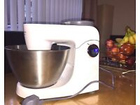 Kenwood kitchen food mixer, including processer & fruit juicer/extracter and many other features