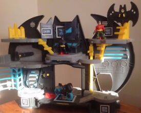 IMAGINEXT BATMAN CAVE TOY