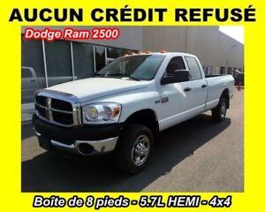2009 Dodge Ram 2500 SXT**BOITE 8 PIEDS**8 CYL. 5.7L**4X4**